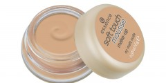 essence soft touch mousse makeup