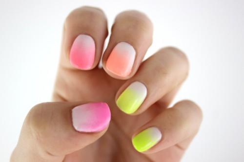 20140818_gradient_nails_finish_1